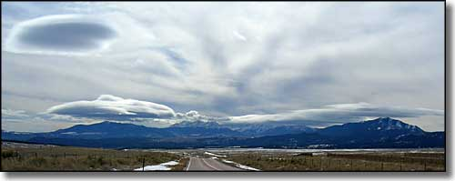 Winter skies over Blanca Massif