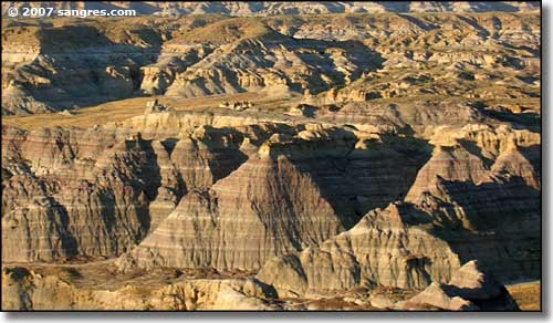 A photo of the sandstone, siltstone and mudstone layers at Angel Peak National Recreation Area