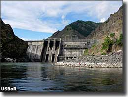 Hells Canyon Dam, at the edge of Hells Canyon Wilderness