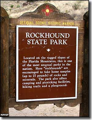 Sign at the entrance to Rockhound State Park